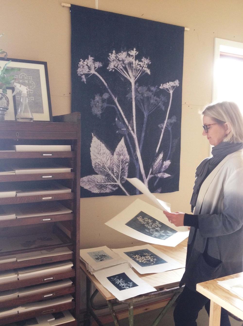Pernille Folcarelli hjemme i sit værksted