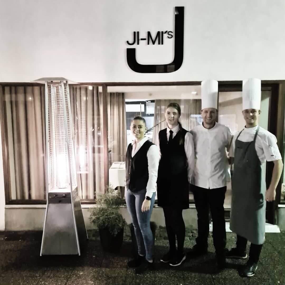 Ji-Mi`s gastronomiske tjener team